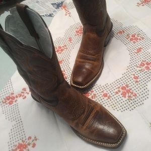 Ariat Ladies Cowgirl Boots